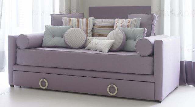 kids_room_sofa